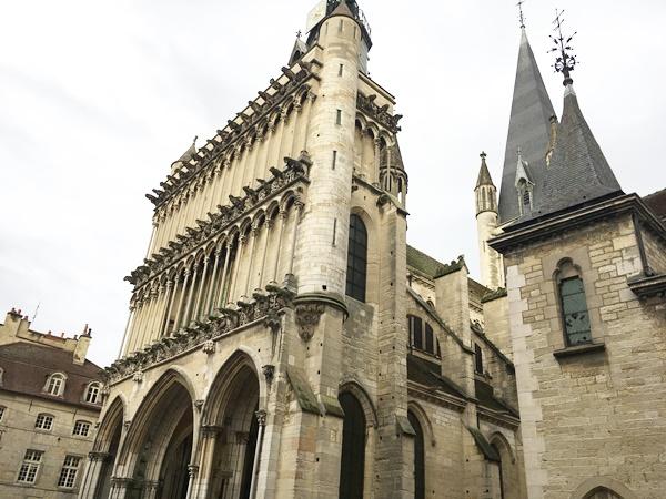 ディジョンの観光と歴史とマスタード フランス ブルゴーニュ(Dijon)
