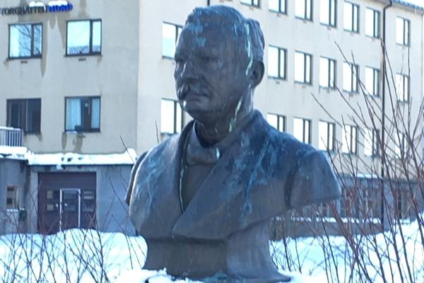 フッティルーテンの生みの親リカルド・ウィット(Richard With)の銅像があります。