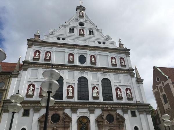 ミヒャエル教会(Michaelskirche)