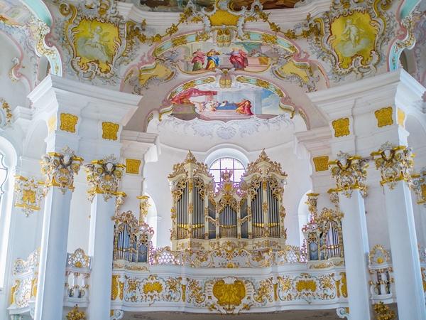 1757年に製造されたパイプオルガン